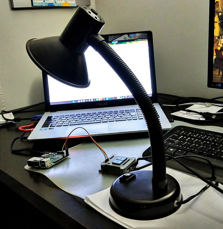 Use A Raspberry Pi And A Relay To Control A Lamp
